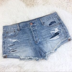 American Eagle Tomgirl Shortie Cut Off Shorts 18